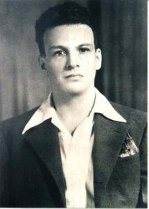 Víctor Manuel Gómez Rodríguez en su juventud