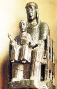Virgen Negra -Nuestra señora dee la Anunciación -Moulins, Francia